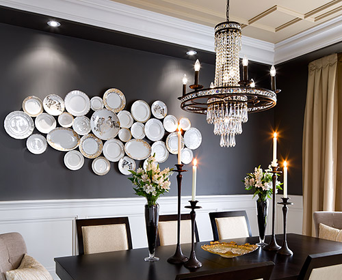 Reuse vintage plates to create memorable wall decor for Wall designs for dining area
