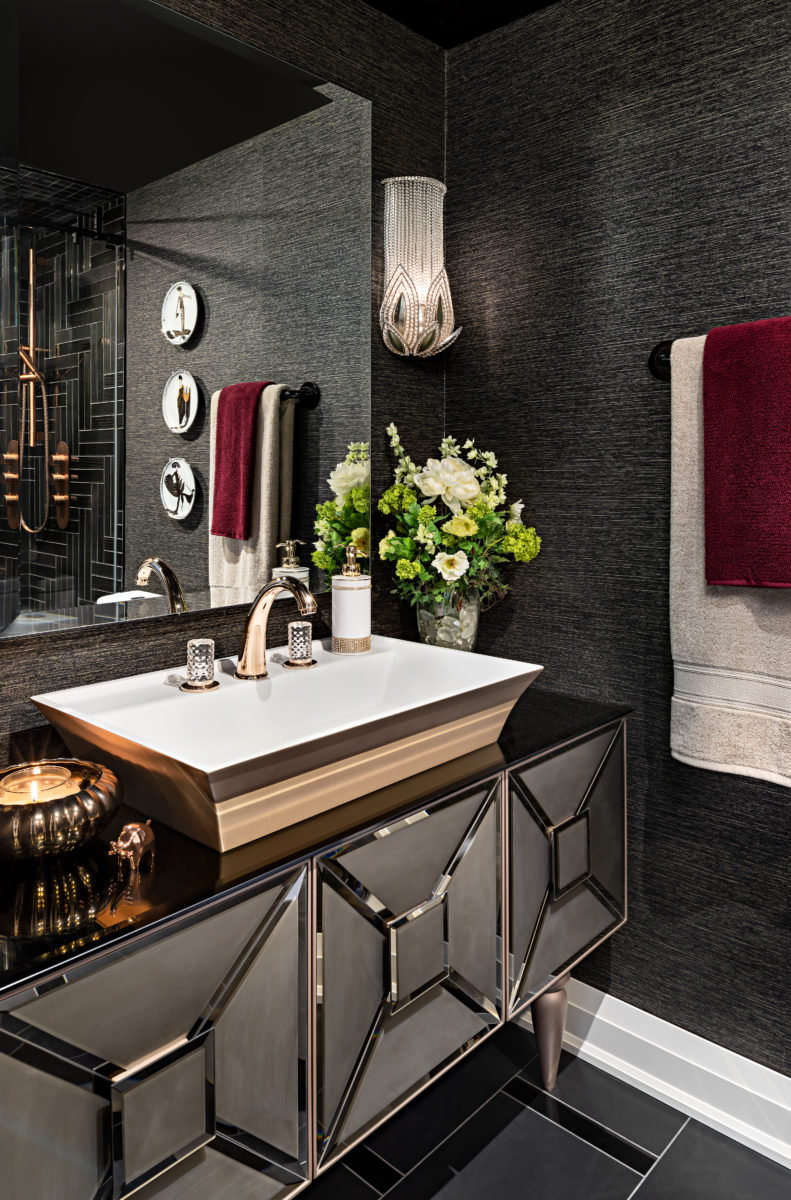 Create a dramatic powder room in 5 inspiring steps - Wallpaper for small powder room ...