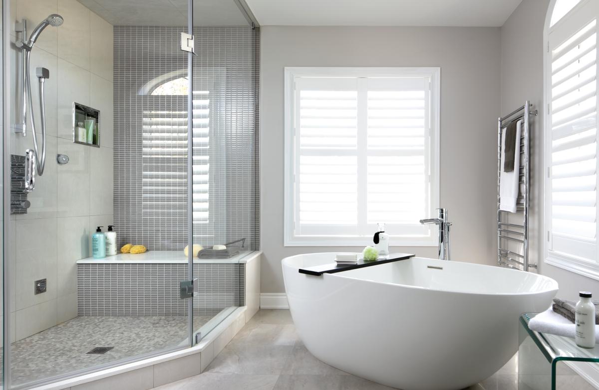 Modern tub ,angled