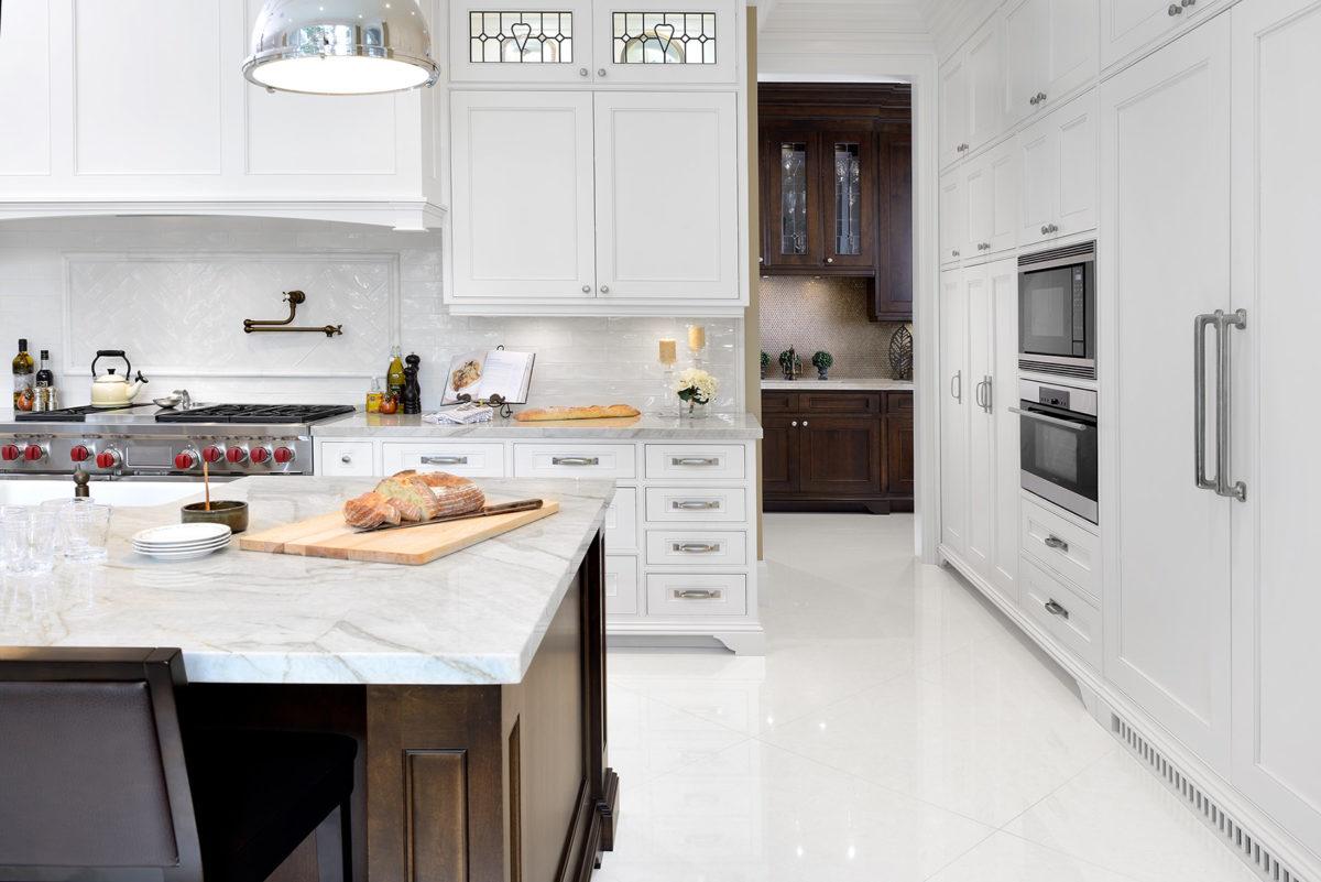 Kitchen island to pantry off kitchen