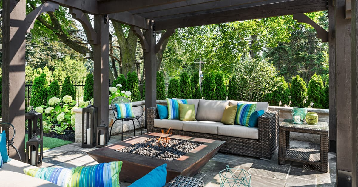 How To Choose The Best Outdoor Decor