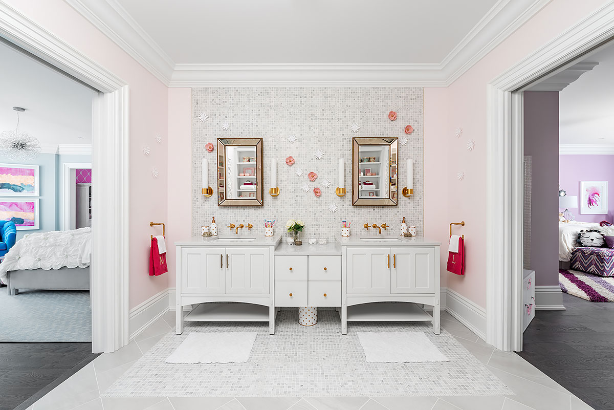 Learn More About Jane Lockhart Platinum Cabinetry.